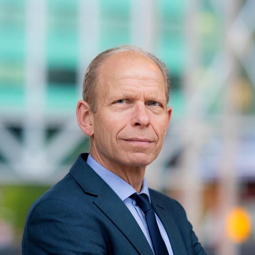 Dhr. mr. G.W. (Gerrit) van der Burg