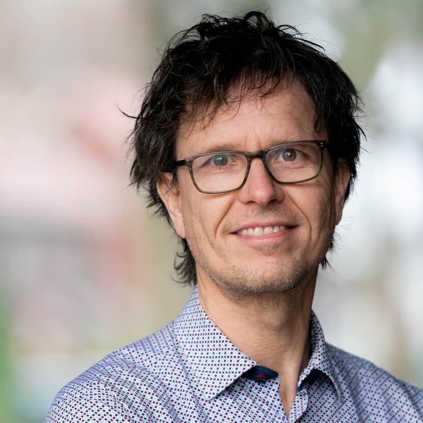 Dhr. prof. dr. M.J.G. (Michel) van Eeten